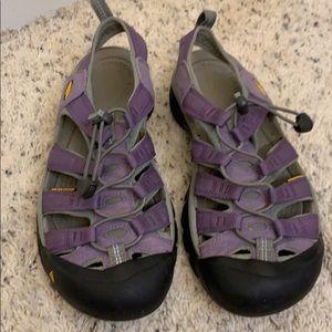 Keen sandals. 8.5